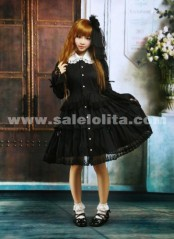 Black And White Lace Lapel and Hemline Bow Tie Collaged Long Sleeve Gothic Lolita Dress