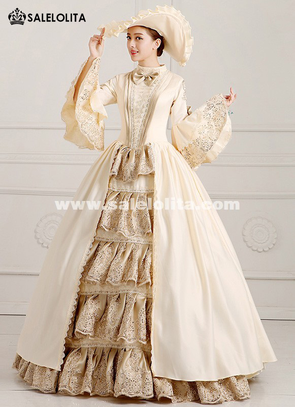 2016 Elegant Champagne Palace Victorian period Marie Antoinette Dress Costume