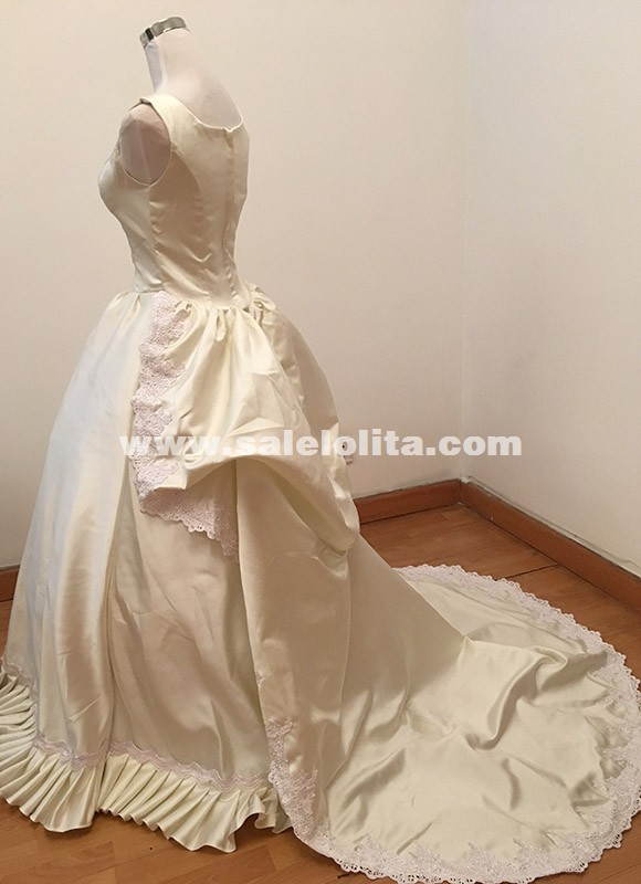 Caroline era carnivale ball gown dress queen elizabeth for Victorian bustle wedding dress