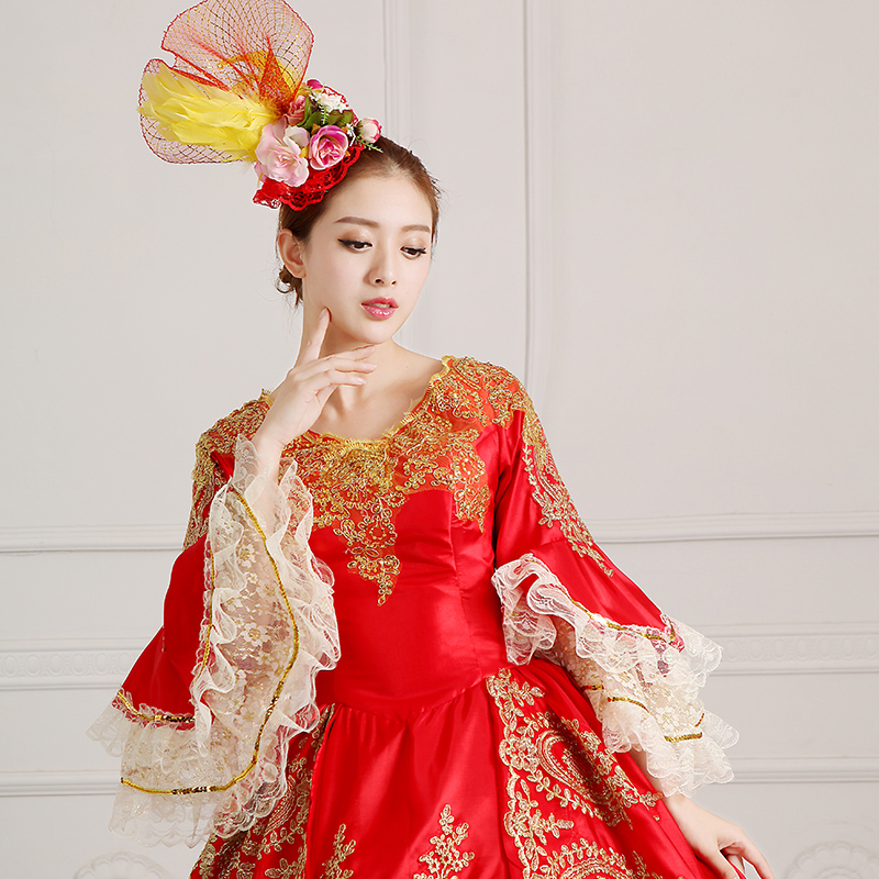 Detail Of Red Medieval Victorain Costume 18th Century Marie Antoinette Ball Gowns Dress Vestido_1